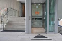 Aufzug im Gebäude